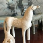 carol hayward fell, ceramic horse, south african ceramics, zulu lulu art house